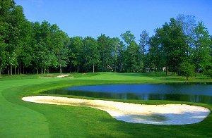 Avalon Lakes Golf Hole 13