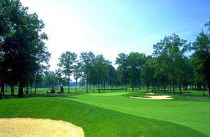 Avalon Lakes Golf Hole 5