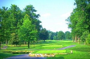 Avalon Lakes Golf Hole 7