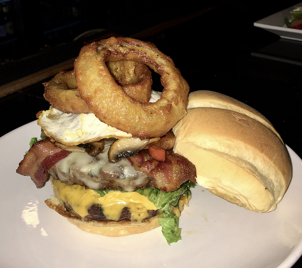 The Grille Room at Avalon Lakes Burger
