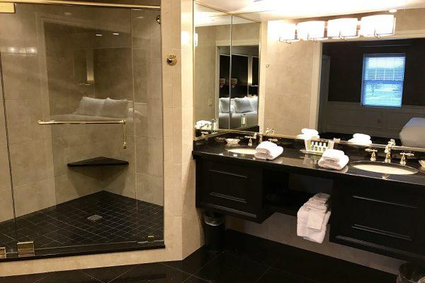 Pres SUite Bath 1