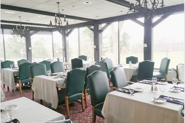 Dining room at New Castle edit